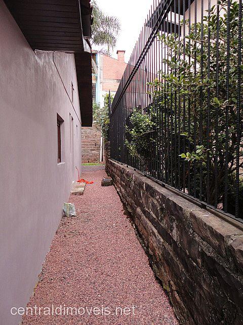 Central de Imóveis - Casa 3 Dorm, Floresta (86041) - Foto 8