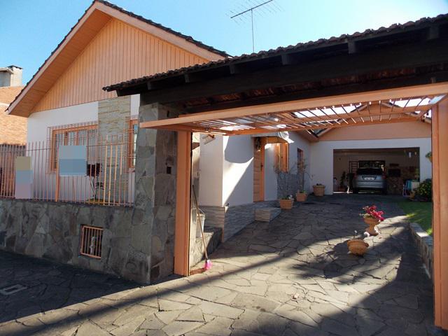AtendeBem Imóveis - Casa 3 Dorm, Canudos (358463)