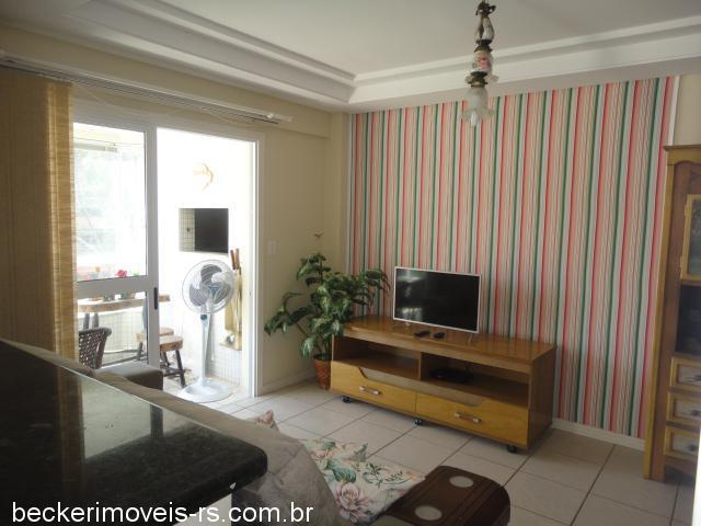 Becker Imóveis - Casa 2 Dorm, Centro (125526)