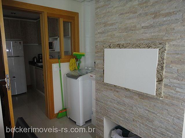 Becker Imóveis - Casa 2 Dorm, Centro (133148) - Foto 7