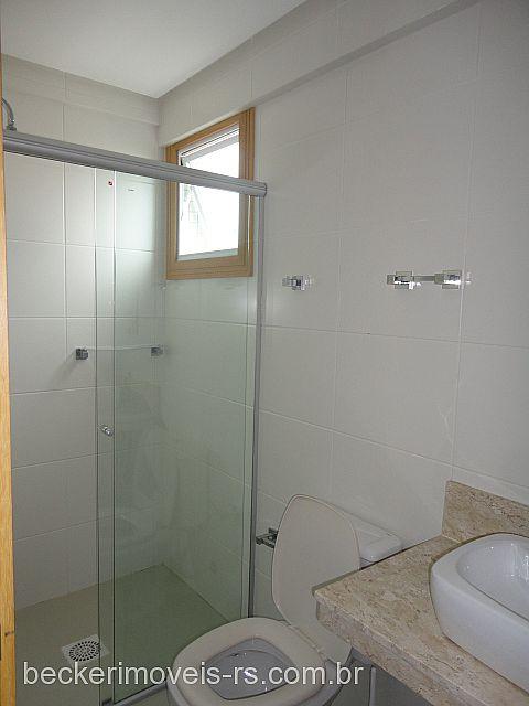Becker Imóveis - Casa 2 Dorm, Centro (133148) - Foto 2