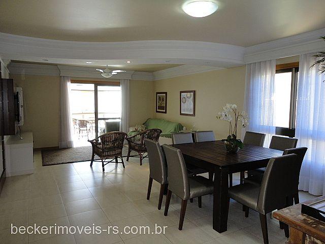 Casa 3 Dorm, Centro, Capão da Canoa (174090)