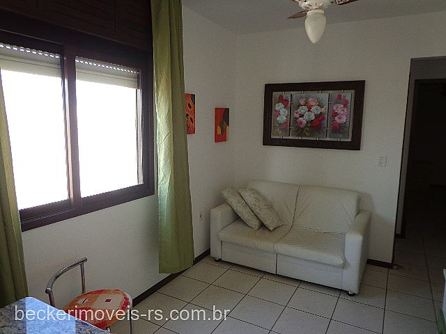 Becker Imóveis - Casa 1 Dorm, Centro (289841) - Foto 8