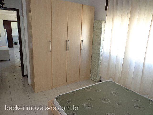 Becker Imóveis - Casa 1 Dorm, Centro (289841) - Foto 4