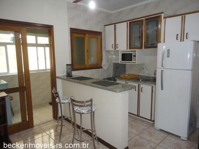 Becker Imóveis - Casa 1 Dorm, Centro (294880)