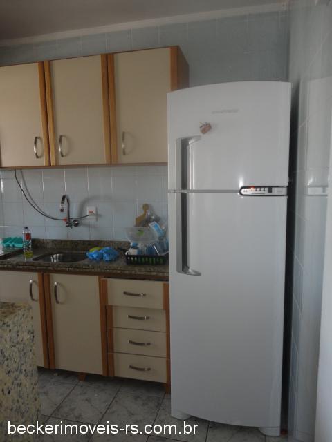Becker Imóveis - Casa 2 Dorm, Centro (301975) - Foto 5