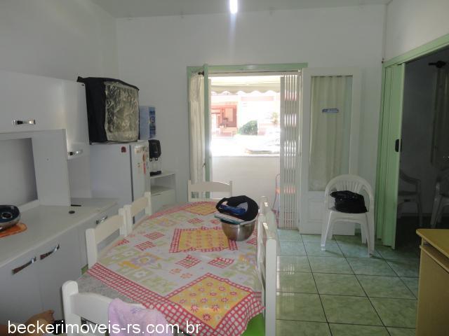 Casa 3 Dorm, Centro, Capão da Canoa (304106)