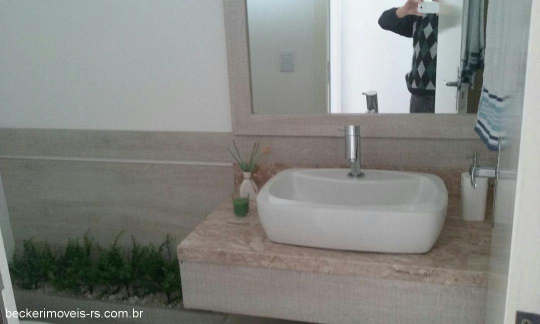 Becker Imóveis - Casa 4 Dorm, Condomínio Dubai - Foto 9