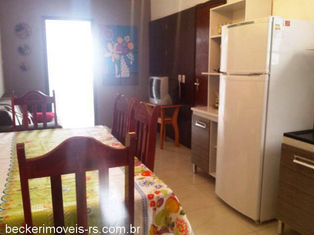 Becker Imóveis - Casa 1 Dorm, Centro (359073)