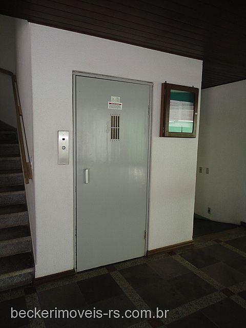 Becker Imóveis - Casa 2 Dorm, Centro (40329) - Foto 4