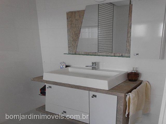 Bom Jardim Imóveis - Casa 2 Dorm, Encosta do Sol - Foto 8