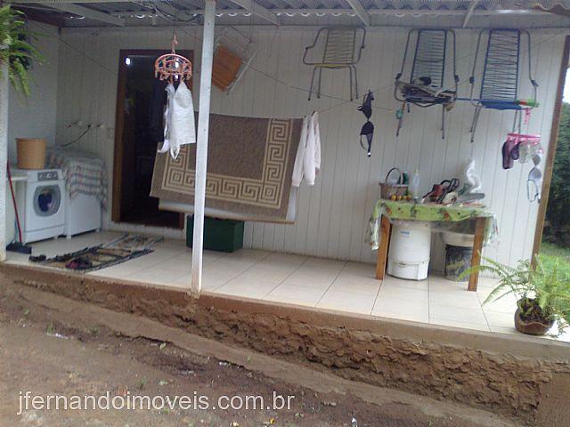 JFernando Imóveis - Casa 2 Dorm, Centro (110766)