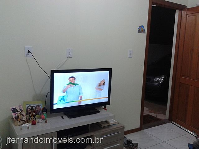 JFernando Imóveis - Casa 2 Dorm, Campestre V - Foto 4