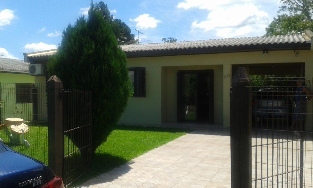 JFernando Imóveis - Casa 3 Dorm, Porto Batista
